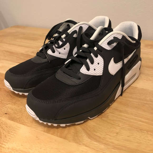 Nike Air Max 90 Men's size 12 Black and White